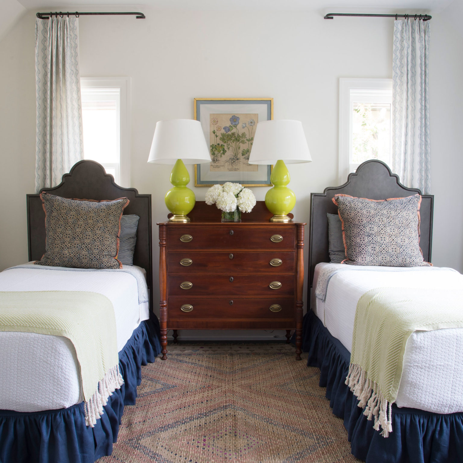 Twosdays – 1 room 2 price points – Lively Guest Room